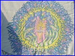 1980's Vintage Grateful Dead Artist Mikio/Phillip Brown Psychedelic Shop T Shirt