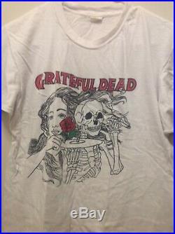 RARE VINTAGE ORIGINAL 1980s GRATEFUL DEAD T-SHIRT WITH ROSA BUD / DANCING BEAR