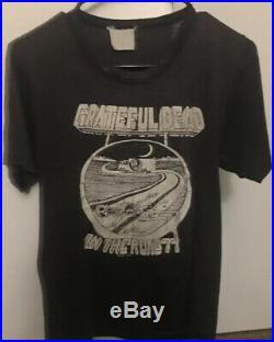 Vintage 1977 Grateful Dead T Shirt On The Road Tour Concert Band Skull 1970s