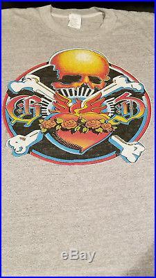Vintage GRATEFUL DEAD T-SHIRT RADIO CITY MUSIC HALL 1980