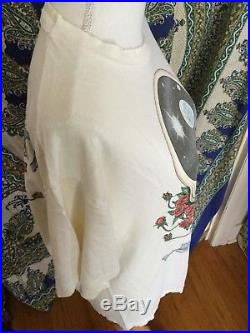 Vintage Grateful Dead T shirt Thrashed Threadbare 1992 jerry garcia hippie hippy