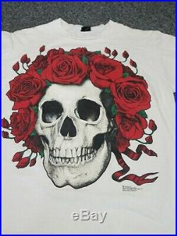 Vintage rare 90s Grateful Dead Bertha Skull Roses print T-shirt XLarge G. D. M
